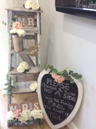 Wedding rustic ladders.