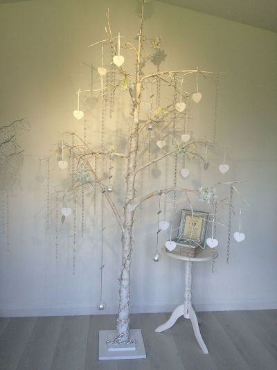 7ft wishing tree