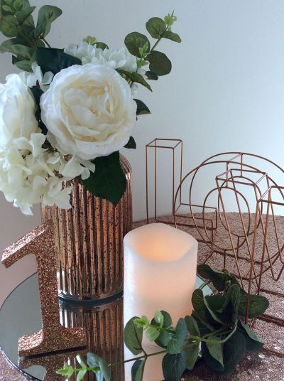 Wired Rose/gold love stand/mercury vase/number stand